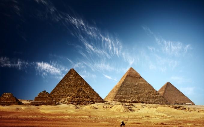 Pyramids of Egypt Wallpaper