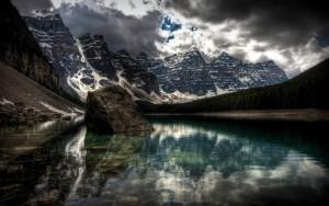 HD Mountain Reflection