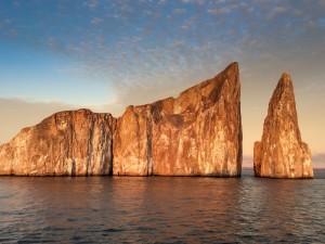 Galapagos Cruising to Santiago Island